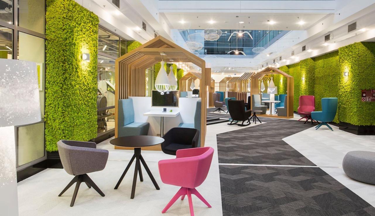 DesignBüromöbel, farbige Besuchersessel, Büro Warteraum, Kommunikationszone, Büroausstellung München, Designbesuchersessel, Loungesessel München