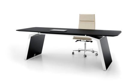 Bralco Metar, Design Chefzimmer, Designschreibtisch, schöner Schreibtisch,  Echtholz Schreibtisch, elegantes Chefzimmer, Managementschreibtisch, Chefzimmer München, Design Schreibtisch München