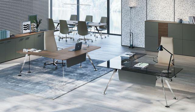 Glas Schreibtisch, Design Schreibtisch, schöner Schreibtisch, Schreibtisch schwarz, Schreibtisch Chromgestell, Schreibtisch schwarze Platte, Chefschreibtisch, Design Chefzimmer