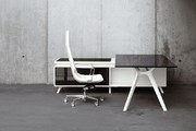 Frezza DR, Designschreibtisch, Design Büromöbel, Design Schreibtisch, Design Büro, Chefzimmer Design, Moderne Büromöbel, Designbüromöbel München, Bürodesign München